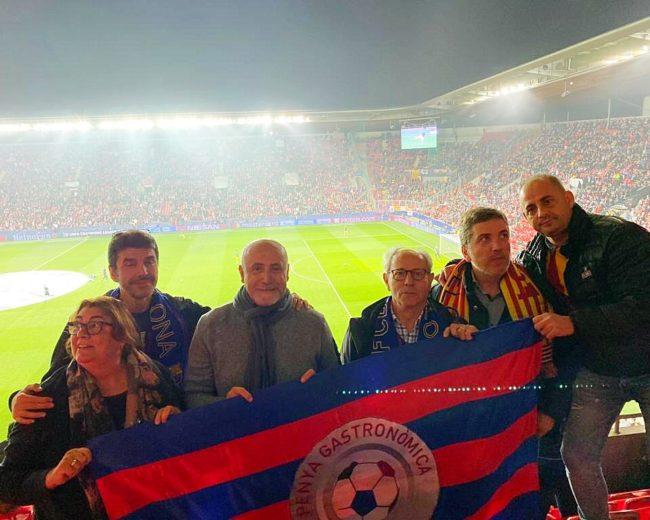 """DESPLAZAMIENTO A PRAGA, SLAVIA DE PRAGA – FC BARCELONA Y CENA AL RESTAURANTE """"FIELD"""""""